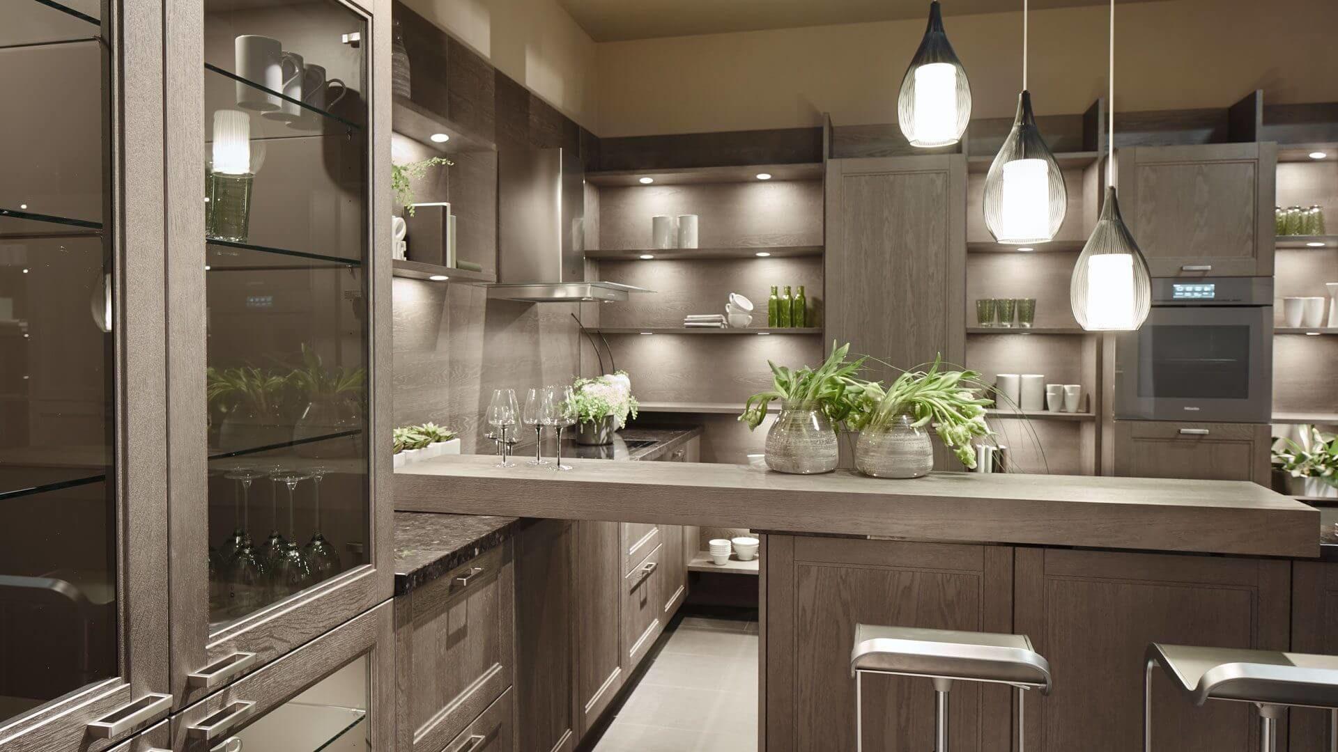 Landhausküchen ➦ moderne Trends für charmantes Landhausdesign