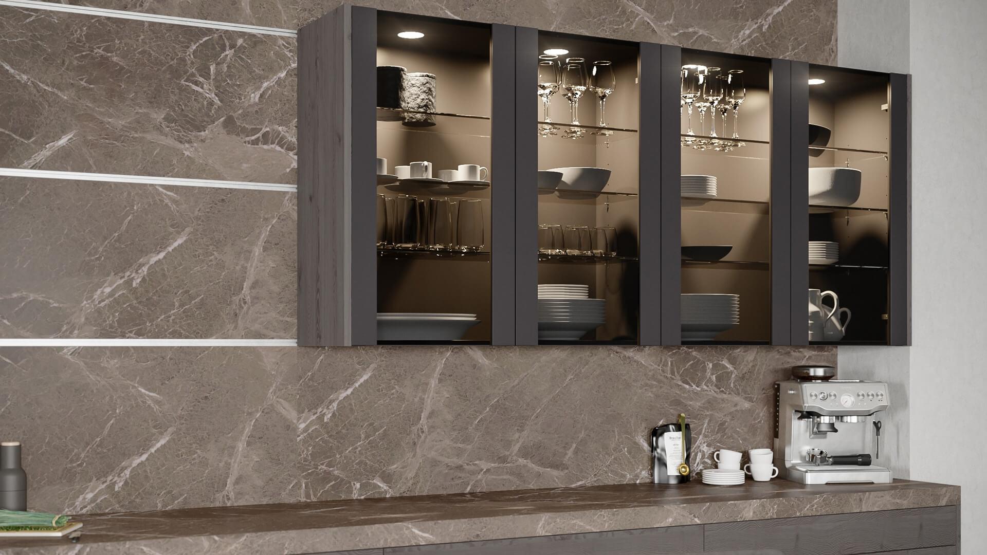 Küchenrückwand in Steinoptik mit flexieblem Schienensystem.